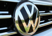 Volkswagen agrees to pay the US $1.2 billion fine for cheating on diesel emissions tests
